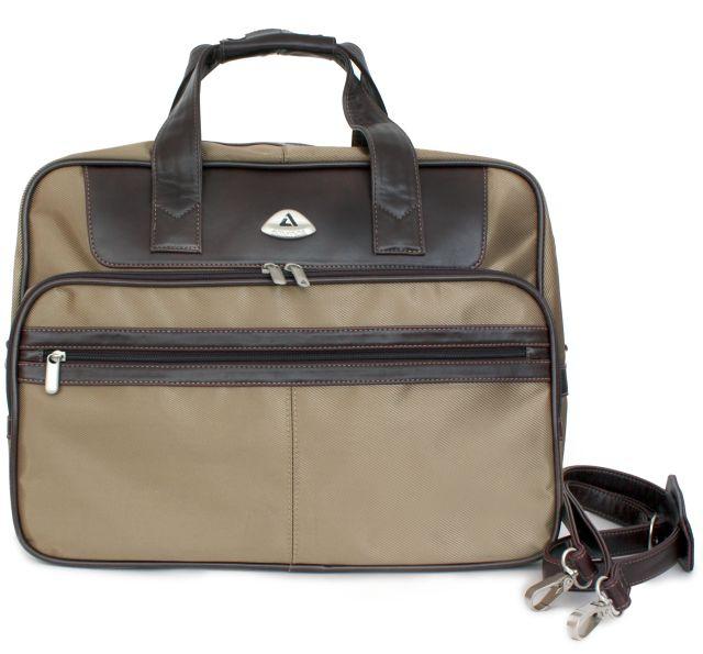 Дорожные сумки на колесах.  Портмоне.  Молодежные рюкзаки.